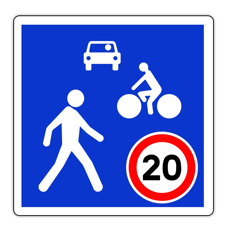 Panneau routier en France : entrée de de zone de rencontre